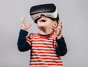 Kid with virtual reality goggles